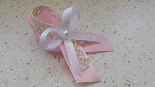 0a91e93c3 Svadobné pierko svetlá ružová + smotanová čipka + biela