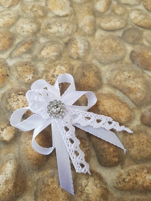 001743f38e24 Svadobné pierko - biela + biela čipka + strieborná aplikácia