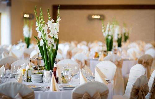 0977686d4260 Výhodná možnosť zapožičania svadobných dekorácií